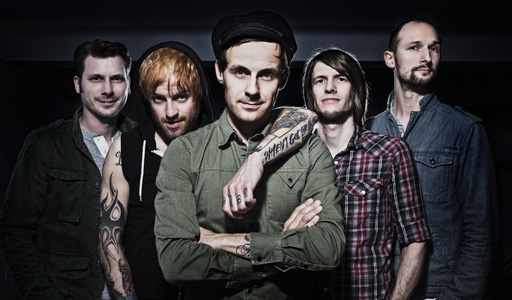 DONOTS (D) - THE PEACOCKS (CH)